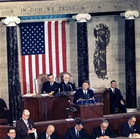 House_of_Representatives_Chamber_3